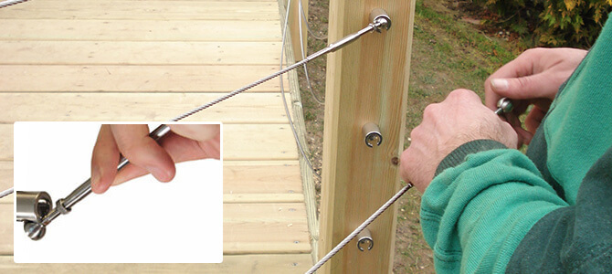 Attaching the cable rail