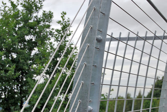 Stainless Steel Safety Wires On The Lincoln A46 Bridge