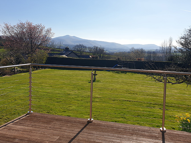 Stainless Steel Wire Balustrade Providing Unspoilt Views