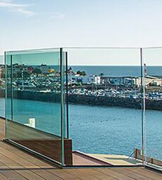 Frameless Pro balustrade - Fascia Mount