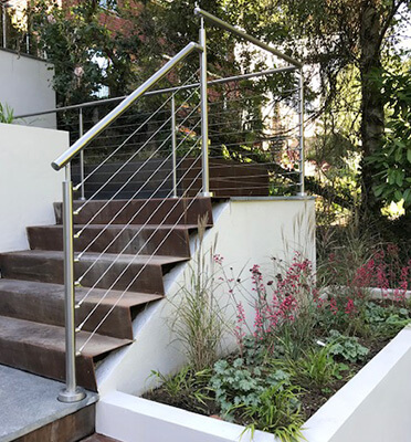 Stainless Steel Wire Balustrade - Split Level Garden
