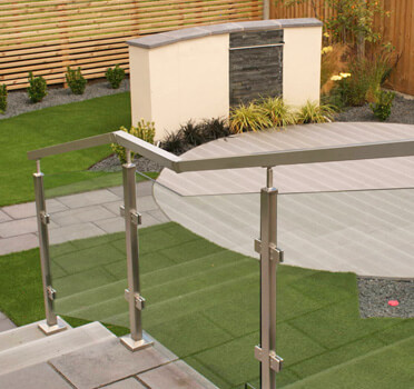 Square line Stainless Steel and Glass Balustrade by Hannah Collins Garden Design