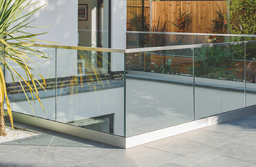 Top Mounting Frameless Pro Glass Balustrade