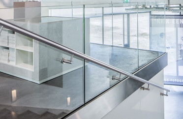 Fascia Mounting Frameless Pro Glass Balustrade