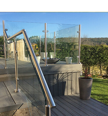 Garden Glass Balustrade - North Yorkshire