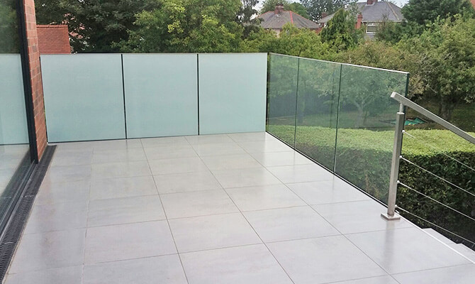 Glass and Stainless Steel Balustrade Installation Worksop, Nottinghamshire